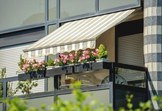 Mejora la eficiencia energética de tu casa de Madrid con toldos